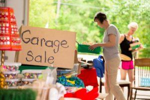 Garage sale Moving Home